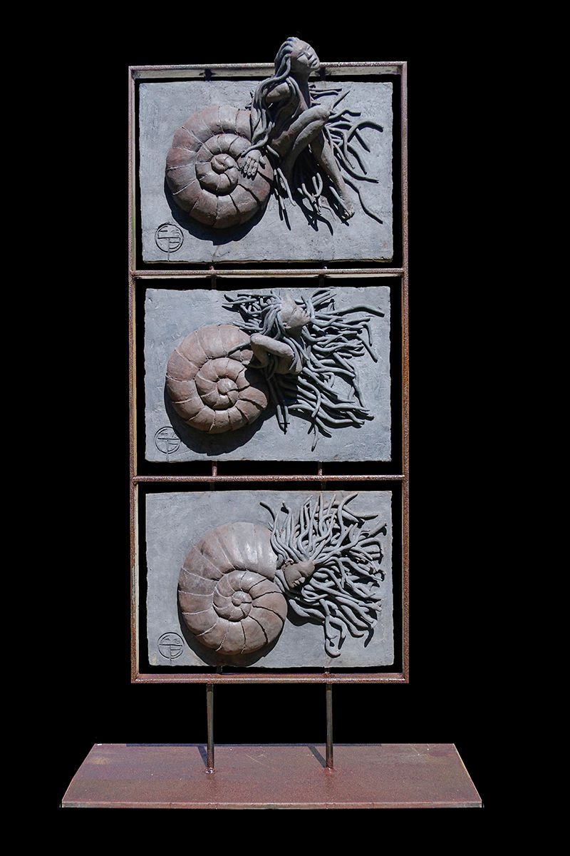 Brehaux Edith_ Triptyque Naissance d'une amonite (81x45x20)